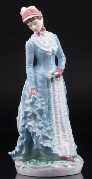 Статуэтка №1957 из ограниченной серии «Прогулки в костюмах XIX века». Тираж серии 9500 шт. Royal Worcester.1990 г
