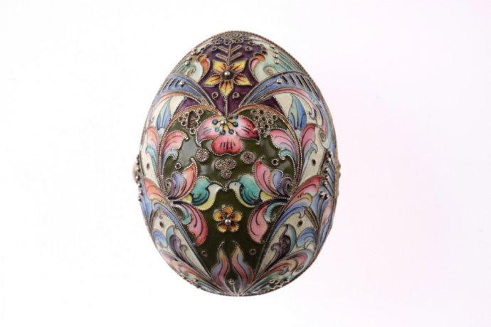 Серебряное яйцо-кошелек. Эмаль по скани. Российская империя. 1908-1917 гг.